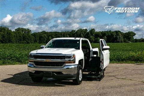 Pre-Owned 2016 Chevrolet Silverado 1500 LT Wheelchair Accessible Truck