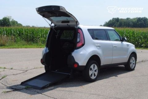 2016 Kia Soul Base Wheelchair Accessible Car #23221