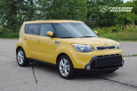 2016 Kia Soul + Wheelchair Accessible Car #23323