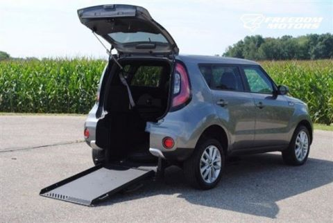 Pre-Owned 2017 Kia Soul + Wheelchair Accessible Car