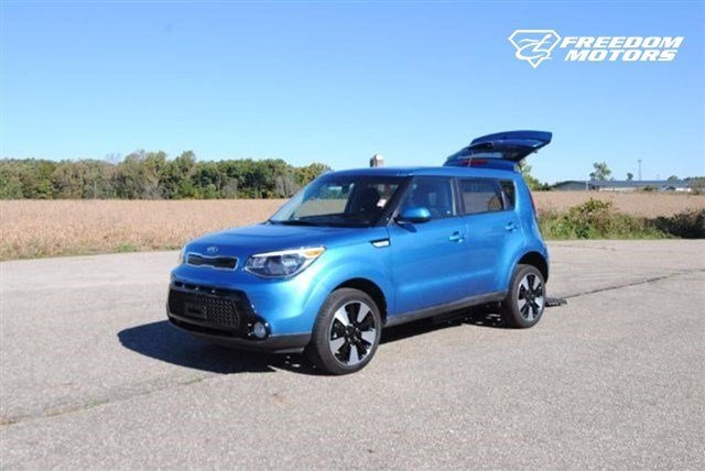 Pre-Owned 2016 Kia Soul + Wheelchair Accessible Car